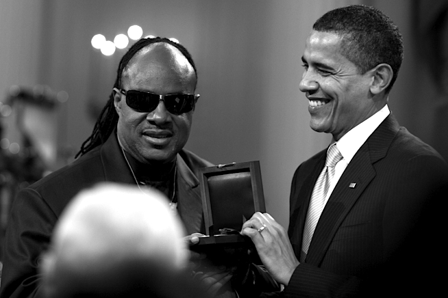 stevie-wonder-barack-obama-2009-c-pete-souza-official-white-house-photograph